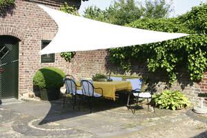 Dreieck-Sonnensegel die Alternative zum Sonnenschirm oder der Markise Floracord