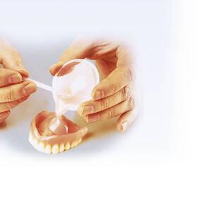 Zahnprothesen Haftmittel - Sehr einfach in der ...