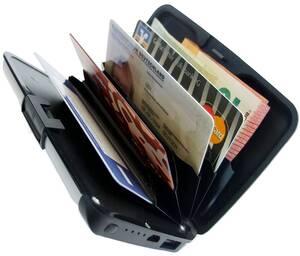 Karten-Etui mit RFID - Schutz und Powerbank