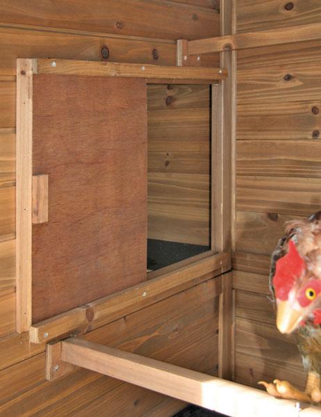 h hnerhaus westfalia schnell und einfach aufgebaut bei westfalia versand sterreich. Black Bedroom Furniture Sets. Home Design Ideas