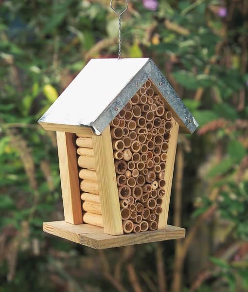 insektenhaus nist und berwinterungshilfe f r insekten. Black Bedroom Furniture Sets. Home Design Ideas