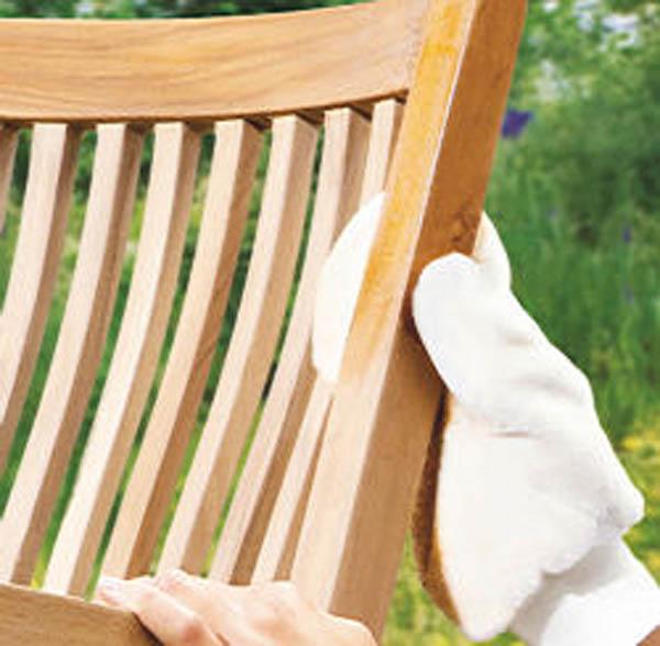 gartenm bel pflege gels f r verschiedene holzarten geeignet bei westfalia versand deutschland. Black Bedroom Furniture Sets. Home Design Ideas