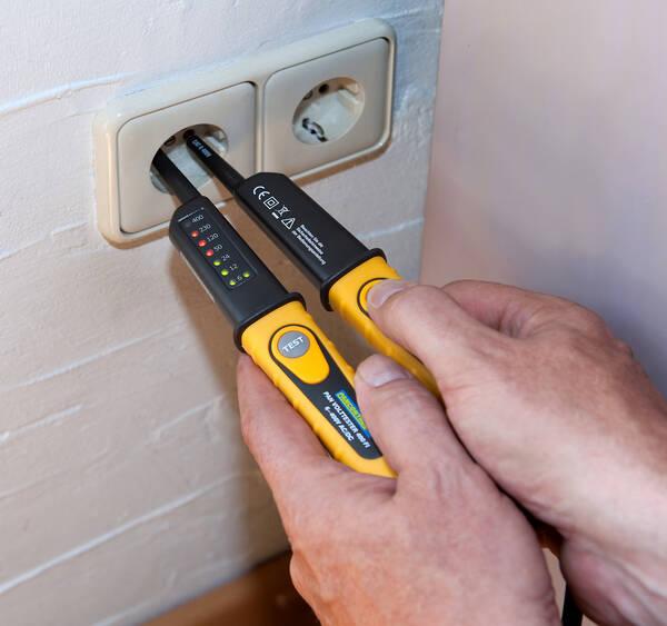 pancontrol pan volttester 400 fi neue version 2poliger spannungspr fer ip 64 ebay. Black Bedroom Furniture Sets. Home Design Ideas